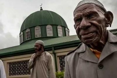 Islam di Papua Nugini: Jumlah Umat Islam terus Bertambah