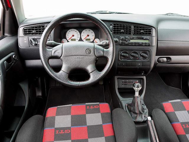VW Golf GTI Mk3 - interior