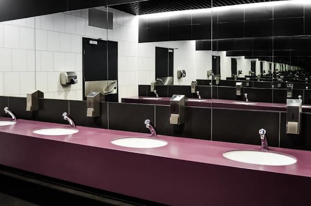 how to choose a bathroom vanity mirror