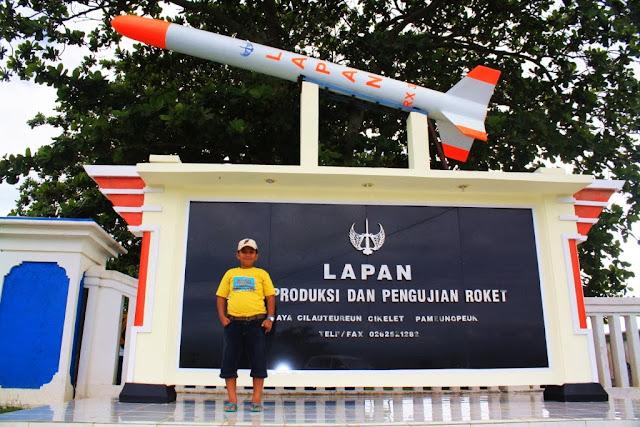 Tempat pengujian roket di Cilauteureun-Santolo