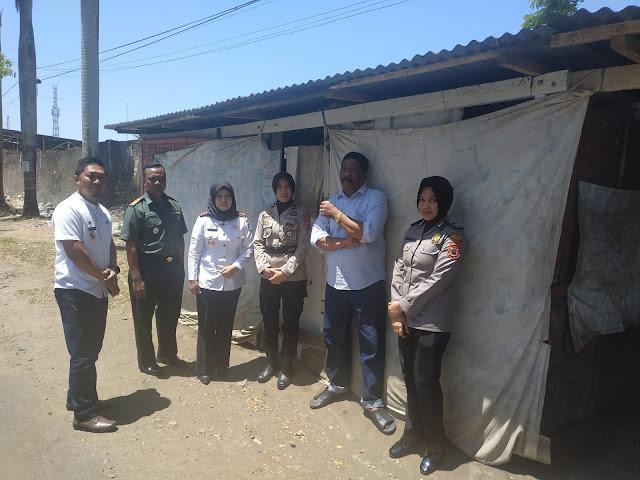 Tripika Tanete Riattang Kunjungi Pondokan Pemulung