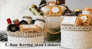 Kue Kering atau Cookies merupakan rekomendasi isian hampers lebaran yang menarik dan bermanfaat