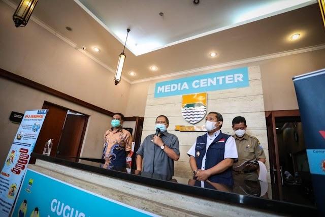 Pecah Konsentrasi Jemaah, Wali kota Bandung Berharap Masjid Dapat Menggelar Shalat Id
