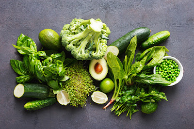 Know, why eat green vegetables and fruits every day?