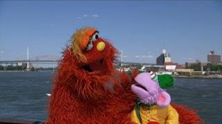 Murray and Ovejita play a game Murray's Mind Games. Sesame Street Episode 4417 Grandparents Celebration season 44