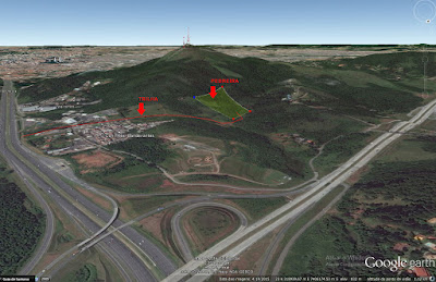 """Foto 2: mapa com a trilha (em vermelho) que leva até a pedreira """"atrás"""" do Pico do Jaraguá (clique para ampliar)."""