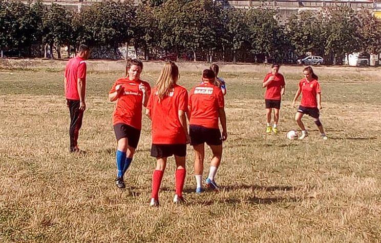 Pisicile Rosii vor juca in Seria a 4-a a Ligii a 3-a!