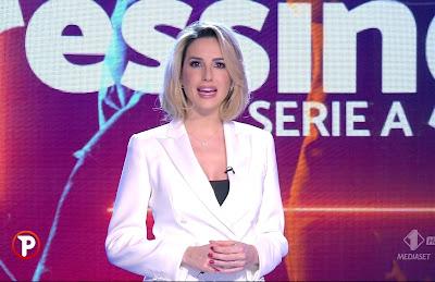 Giorgia Rossi nuovo taglio di capelli corti Pressing 7 febbraio 2021