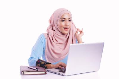 gaya busana hijab ke kantor