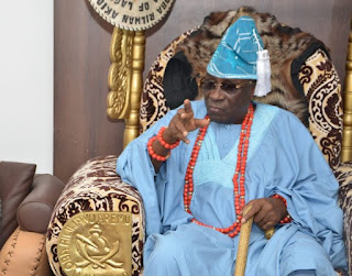 Main Reason Why The Staff Of Oba (King) Of Lagos Was Carted Away By Angry Lagosians (See Why)