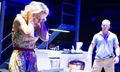 Gillian Anderson en la obra de teatro 'A Streetcar Named Desire'