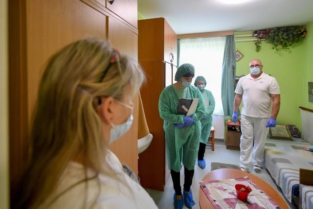 Látogatási tilalmat rendeltek el két nyíregyházi bentlakásos idősotthonban