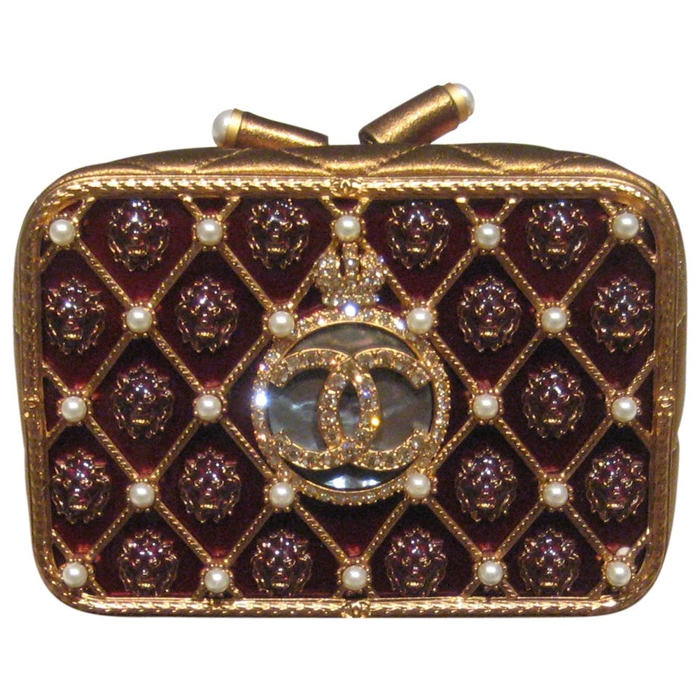 f0df11415fae Chanel Resin/Strass Minaudière Evening Bag £15280.71 Vestiaire Collective  (Shop Now)