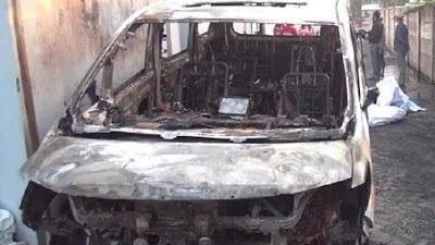 Mobil Mewah Via Vallen Dibakar, Hiii...Pelaku Bawa Jenglot!