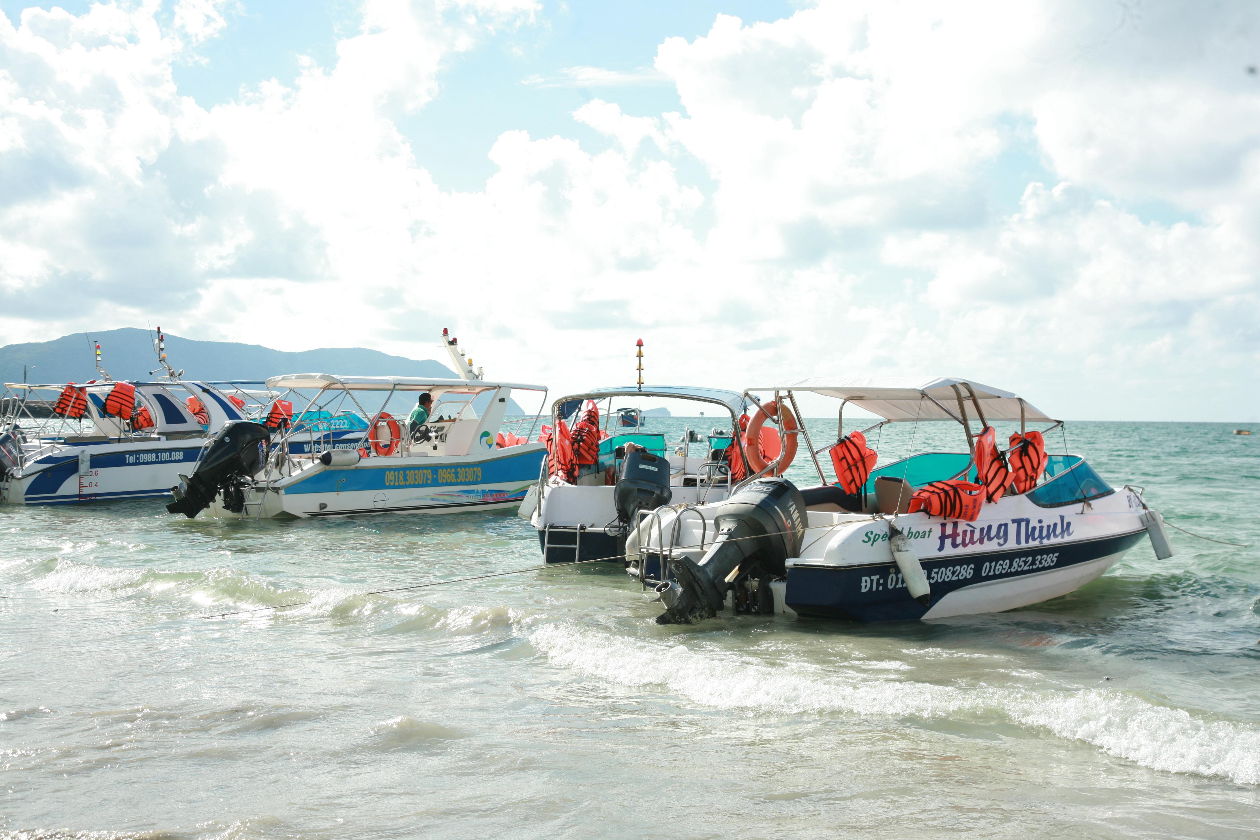 Địa điểm tổ chức thu phí tham quan Vườn Quốc Gia Côn Đảo bằng tàu, cano