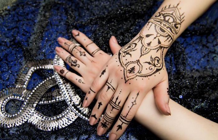 Latest Hands Mehndi Designs