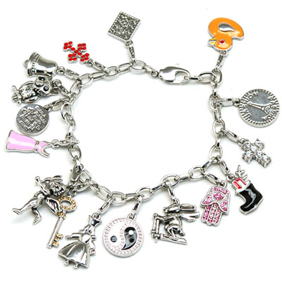 Of Traditional Bracelet Charms Suited For Every Occasion Mood Interest And Hobby Can Be Found In Various Jewelry S One Also Get Them Custom