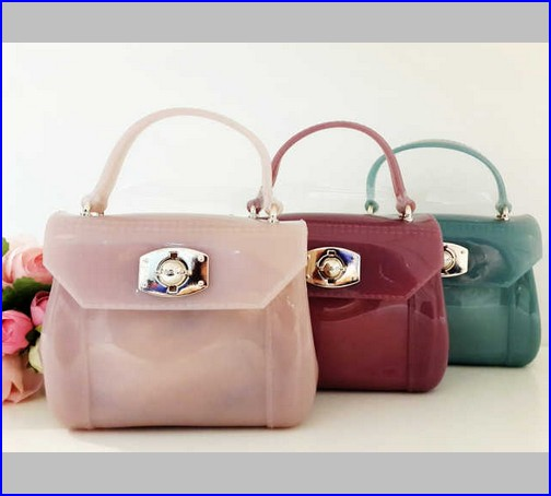 model tas furla jelly
