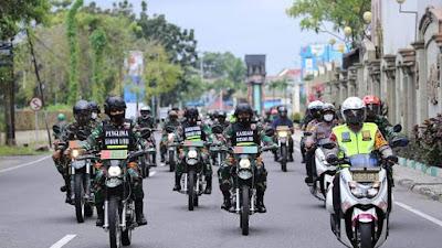 Pantau Kamtibmas Jelang Pilkada, Kapolda Sumut dan Pangdam I/BB Gelar Patroli Skala Besar
