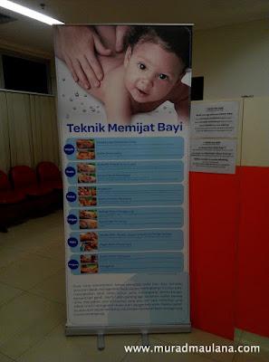 Banner Teknik Memijat Bayi