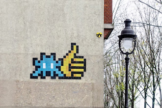 Sunday Street Art : Invader - Quai de la Loire - Paris 19