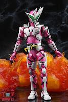 S.H. Figuarts Kamen Rider Jin Flying Falcon 23