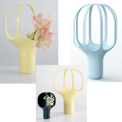 Complementi d'arredo di colore giallo: Heirloom Vase ideati da Benjamin Graindorge per Moustache