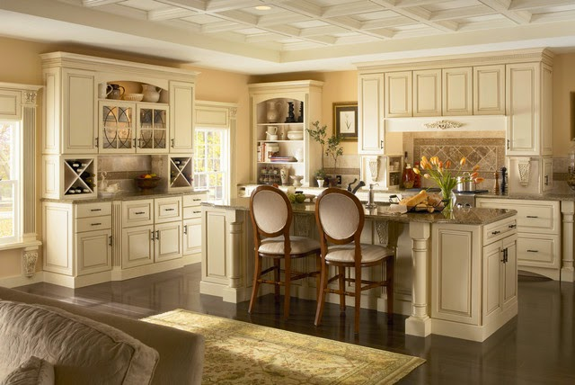 Luxurious Classic Kitchen Cabinet