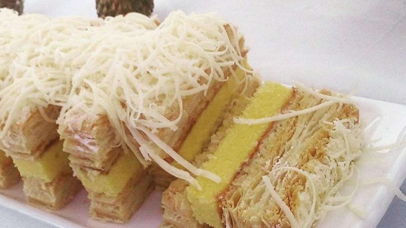 Resep Snow Cake Surabaya, Rasanya Mantul