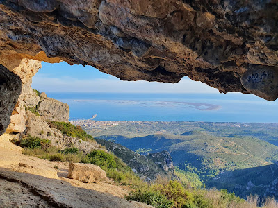 Una de las vistas que el GR92 ofrece del Delta del Ebro, desde Foradada del Montsiá, en Tarragona.