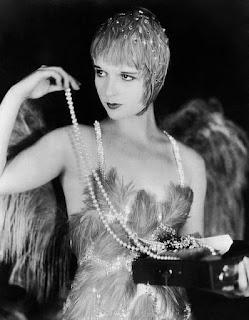 pearl,pearls,vintage,1920s,vintage outfits, flapper girl,Vintage clothing,vintage style,vintage girl,