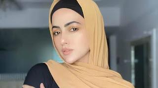 Sana Khan says good bye to Showbiz bollywood