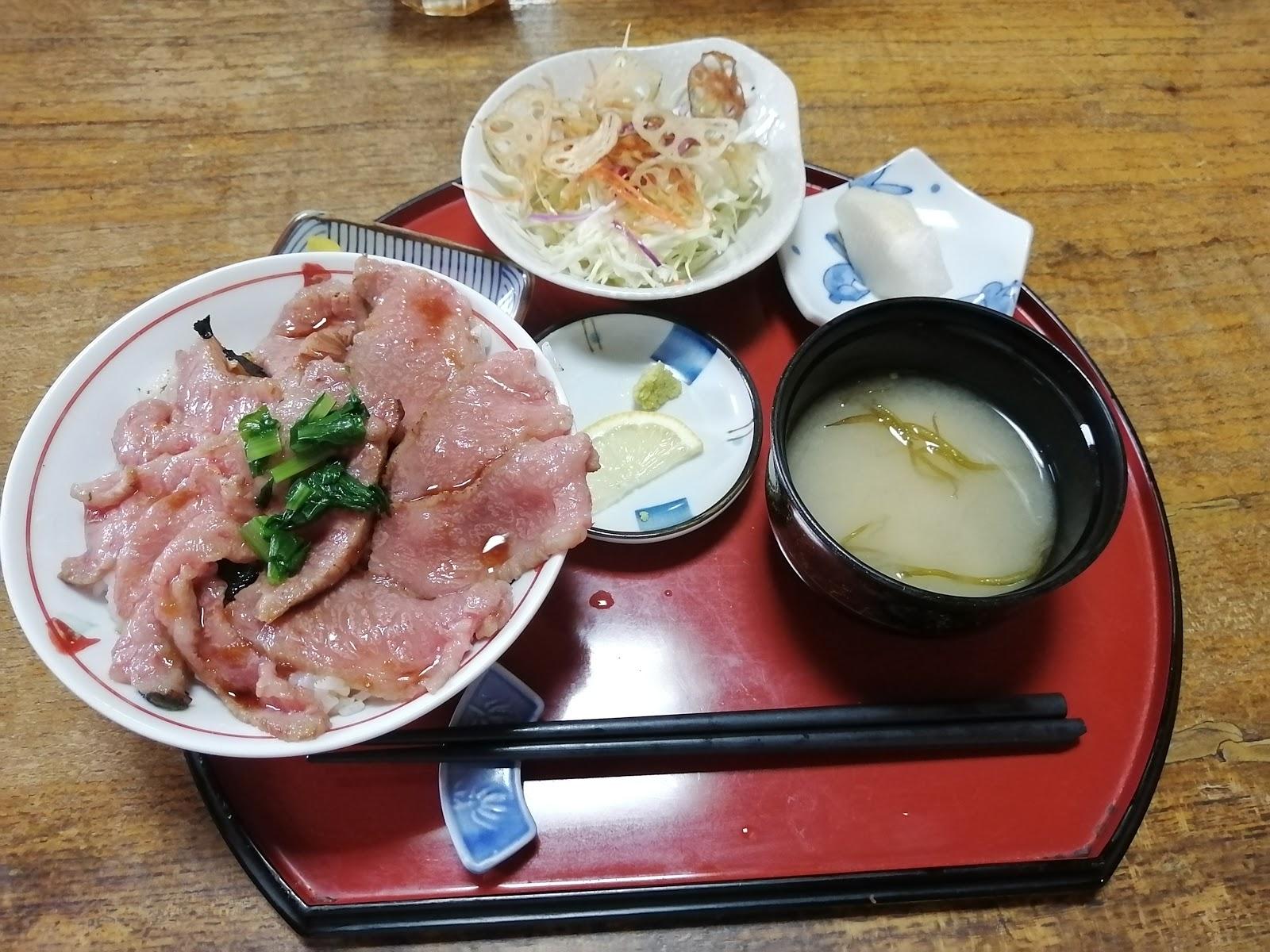 お食事処朝比「雲仙島原長崎和牛丼」