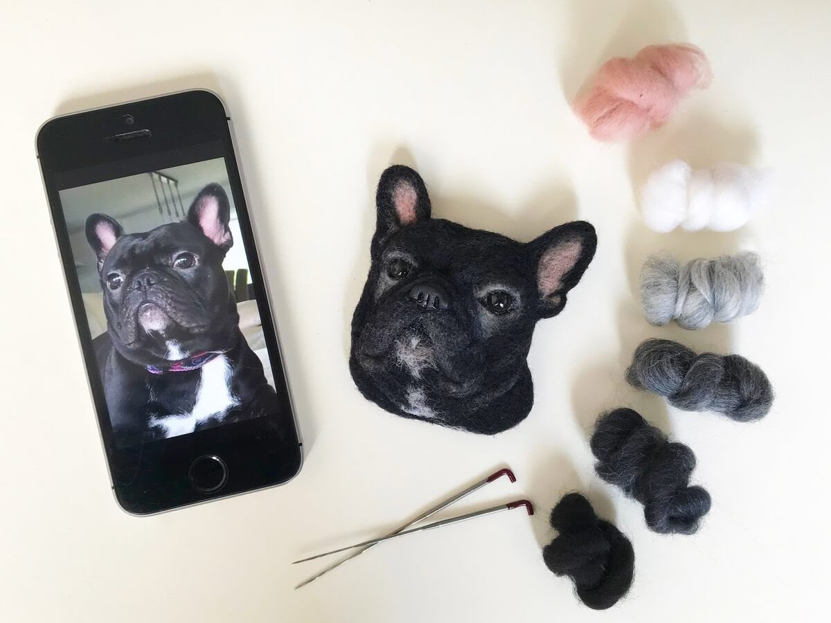 05-French-Bulldog-Hanna-Tsukanova-3D-Dogs-&-Cats-Felt-Pet-Portraits-www-designstack-co