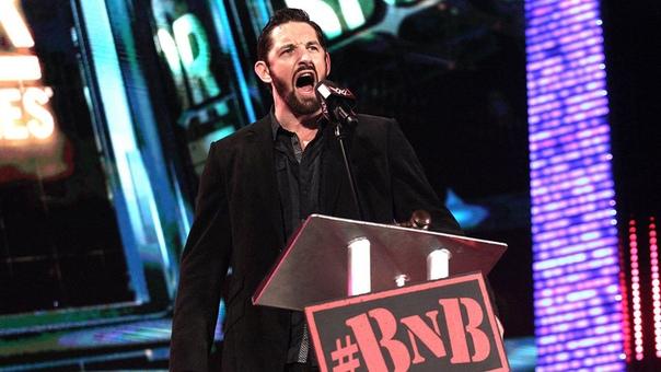 Уэйд Барретт подписал годовой контракт с WWE