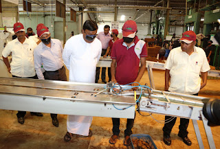 Dharmasiri Dasanayake – the Chief Minister of the North Western Province  inspects the production process.