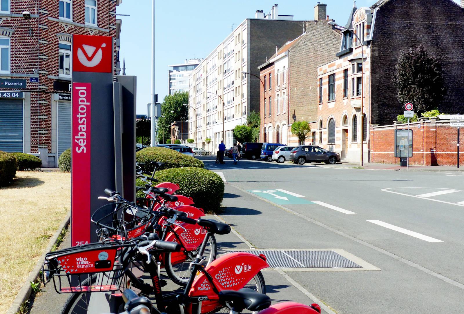 """Tourcoing V'Lille - Rue Carnot, station """"Sébastopol"""""""