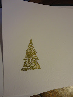 Gold heat embossed tree design on white zeta hammered card