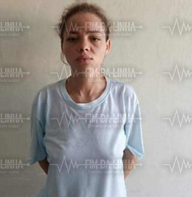 Apenada usando tornozeleira eletrônica volta pra prisão após ser presa com drogas em Apodi