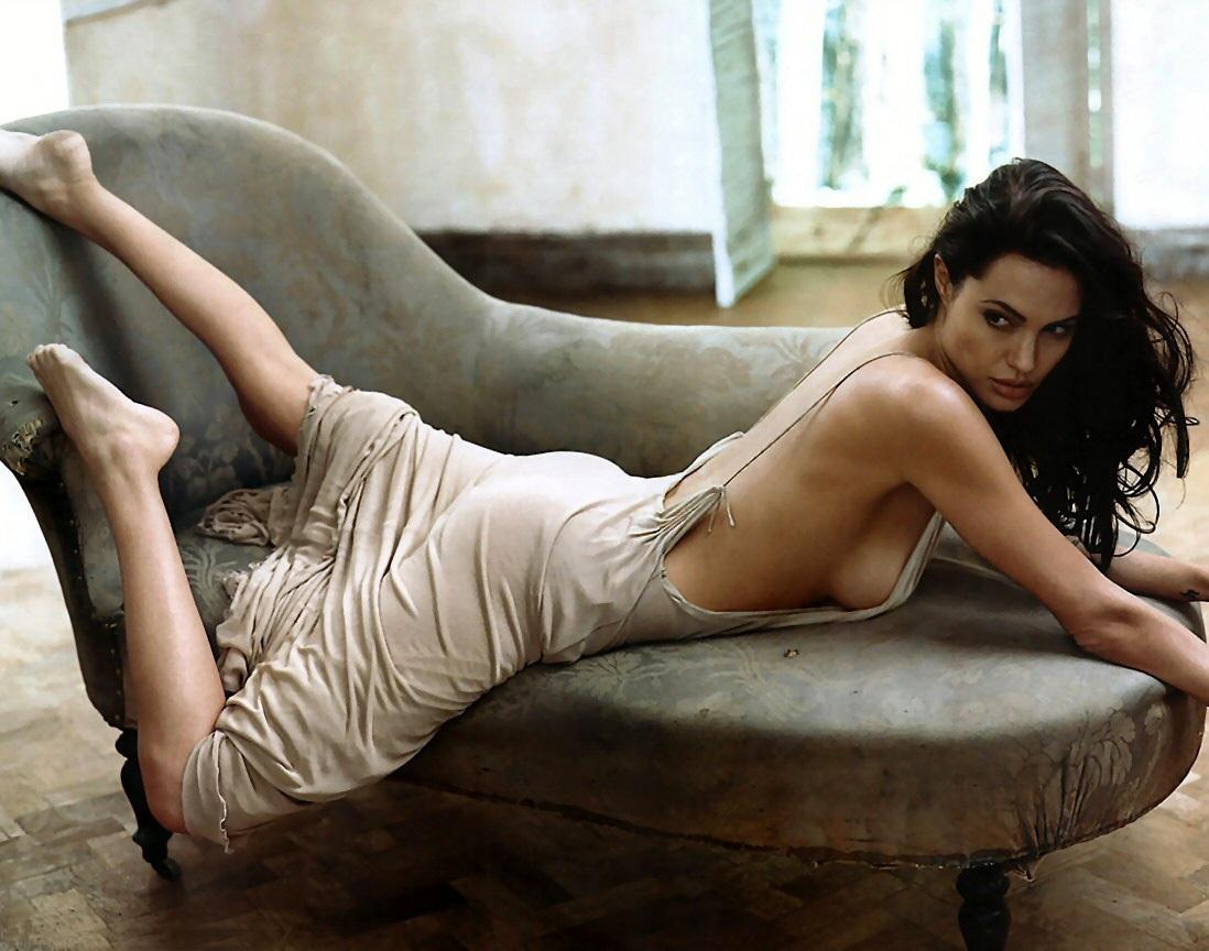 Hot Angelina Jolie nude (59 photo), Selfie