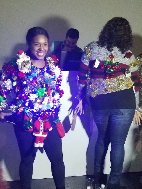 20171217 021449 - 12 DRESSES OF CHRISTMAS LOOK 6: UGLY SWEATER W. FUN WITH FRIENDS