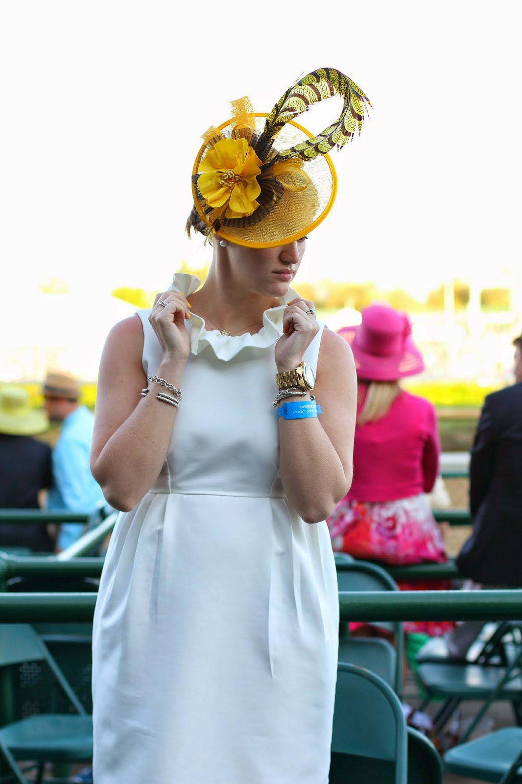 what to wear to the kentucky derby, fascinator, derby look