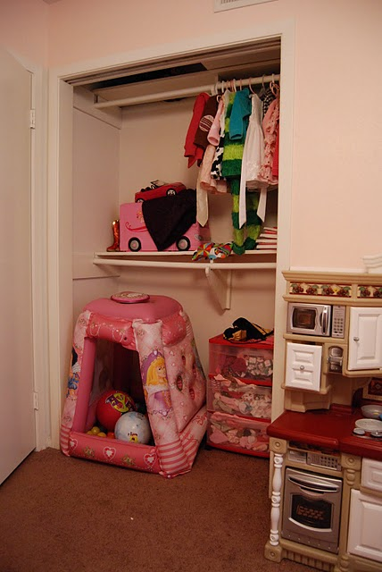 Mia Baby Bedroom Furniture: Our Changing Home: Mia's New Closet Nook