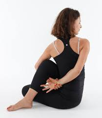 Benefits and benefits of Ardha Matsyendrasana