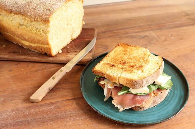 pan maiz polenta sandwich jamon