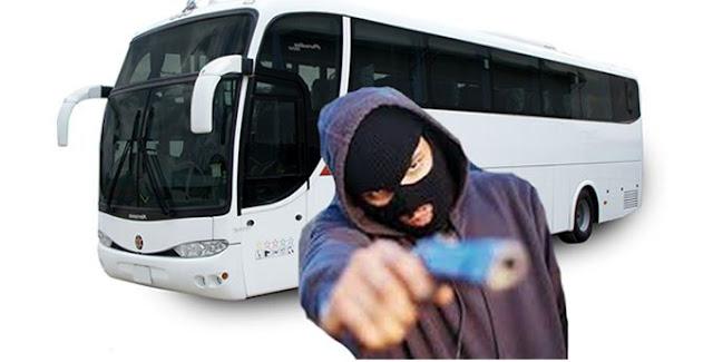 Bandidos armados assaltam estudantes da UFRB em ônibus no retorno de Cachoeira para Cruz das Almas