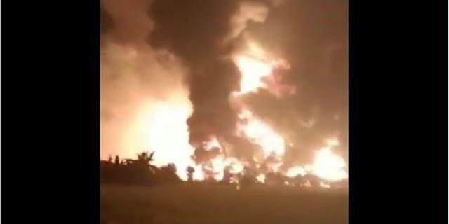 Kilang Minyak Pertamina Di Indramayu Kebakaran Hebat, Terdengar Suara Ledakan