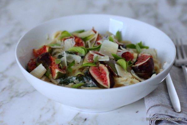 Rezept für Spaghetti mit Spinat und frischen Feigen