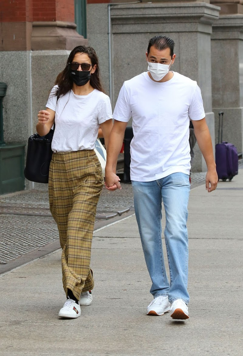 Katie Holmes and Emilio Vitolo Jr. Out in New York 1 Oct-2020