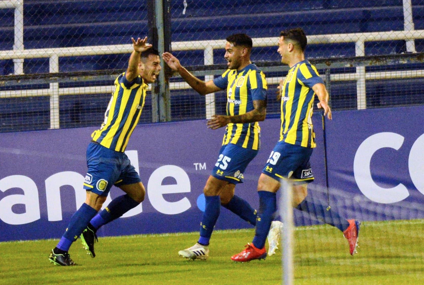 Rosario Central venció a San Lorenzo y sigue con chances en la Sudamericana